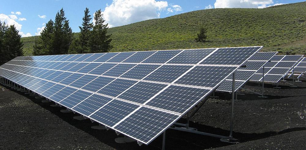 """Eliminar el """"impuesto al sol"""" una de las prioridades del Gobierno"""